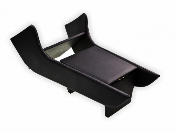 Centre console | Sides black | lid in black leather